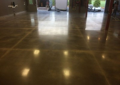 Custom concrete polishing faux finish